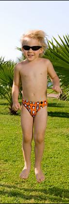 """Изображение Плавки-трусики для мальчиков """"Пингвин на пляже"""" (оранжевые)"""
