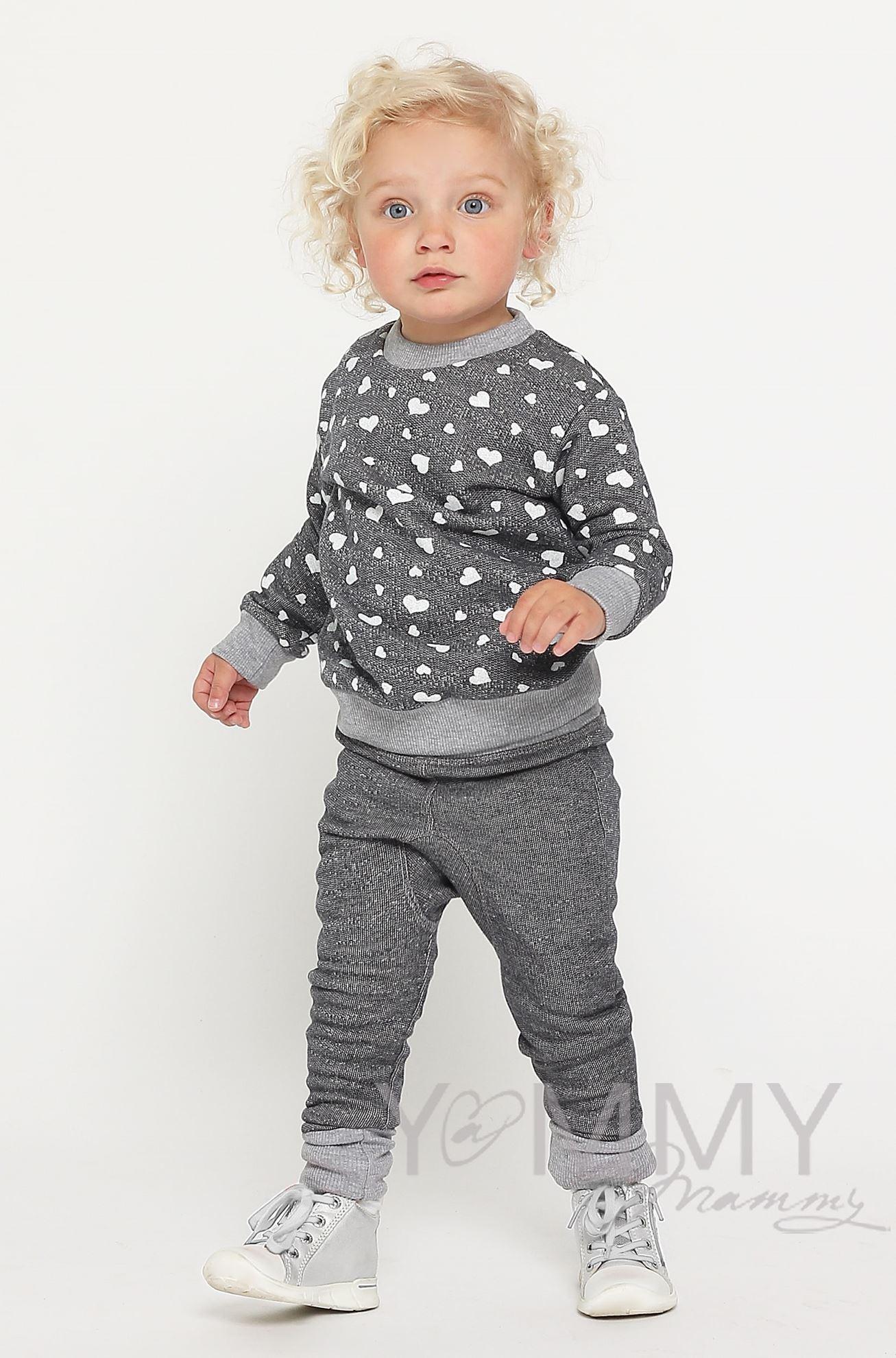 Изображение                               Детский костюм серый меланж с принтом сердца